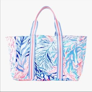 Lilly Pulitzer Lilly's Lagoon Tote NIP